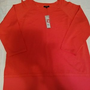 Very nice peachy 3/4 sleeved sweater.